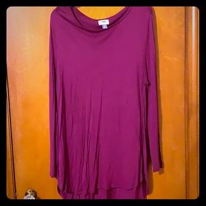 Old Navy long sleeve top with slits on the sides